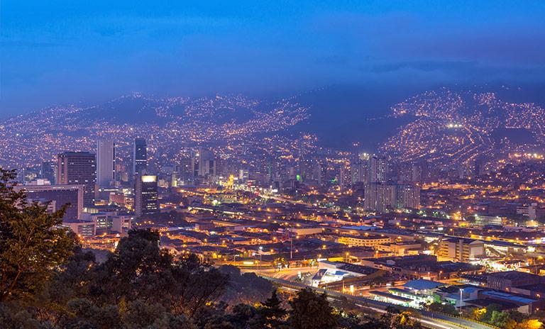 Medellín la ciudad que apuesta a una transición sostenible