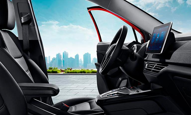 Sistema de entretenimiento CarPad en camioneta eléctrica Yuan 400