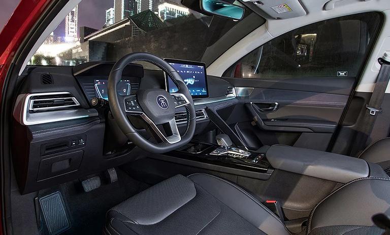 Interior de los vehículos utilitarios Song Pro de BYD